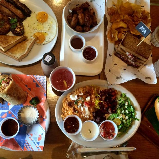https://passportbites.wordpress.com/2016/04/02/Foodtrippin': Top 5 barkada hangouts in Manila